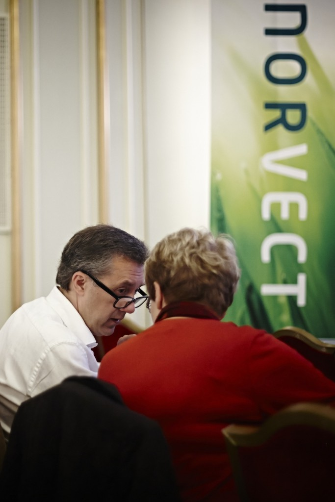 Dr. Ekgren at the NorVect conference